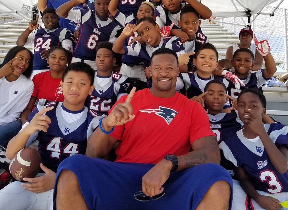 Meet the NFL Legends Youth Committee