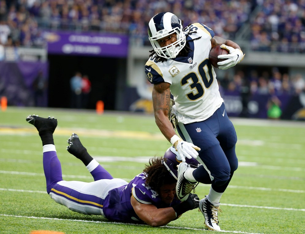 In Week 4 when the Minnesota Vikings visit the Los Angeles Rams, the Thursday night game will kick off at 8:20 PM ET. All 2018 primetime games will kick off earlier.