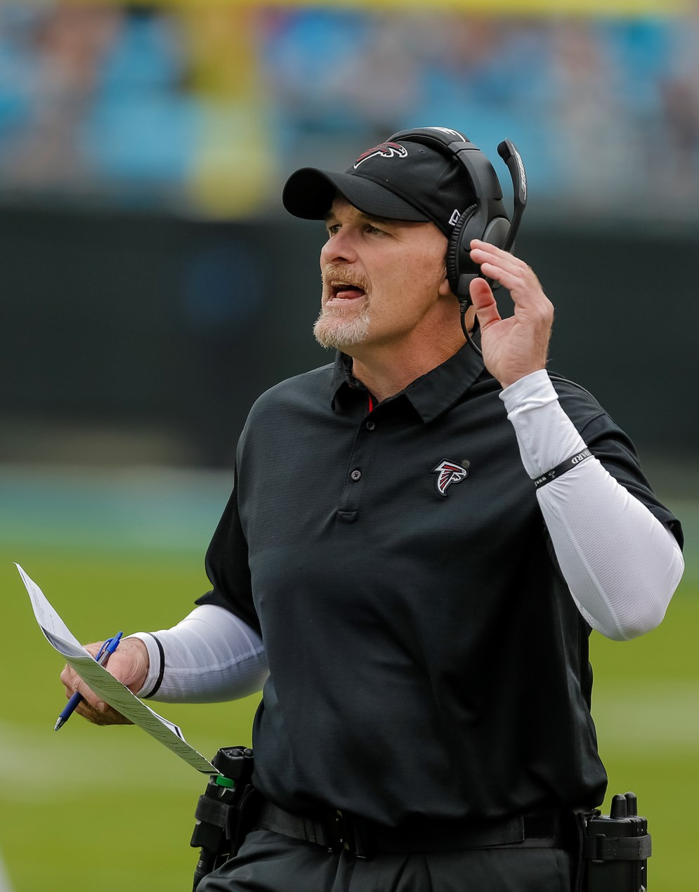 Atlanta Falcons head coach Dan Quinn was last year s award recipient aaddbc876