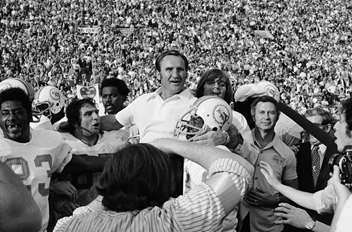 Don Shula NFL High School Coach of the Year