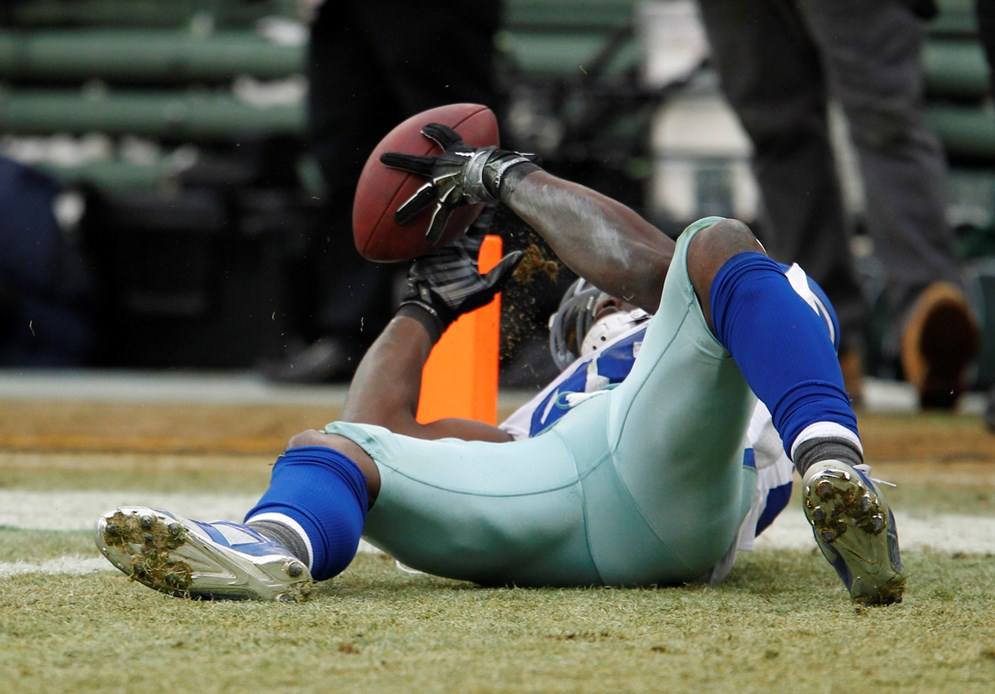 The new language clarifies the ruling in the Dallas-Green Bay game, made after instant replay review, that a catch that Cowboys receiver Dez Bryant appeared to make was correctly ruled an incomplete pass.