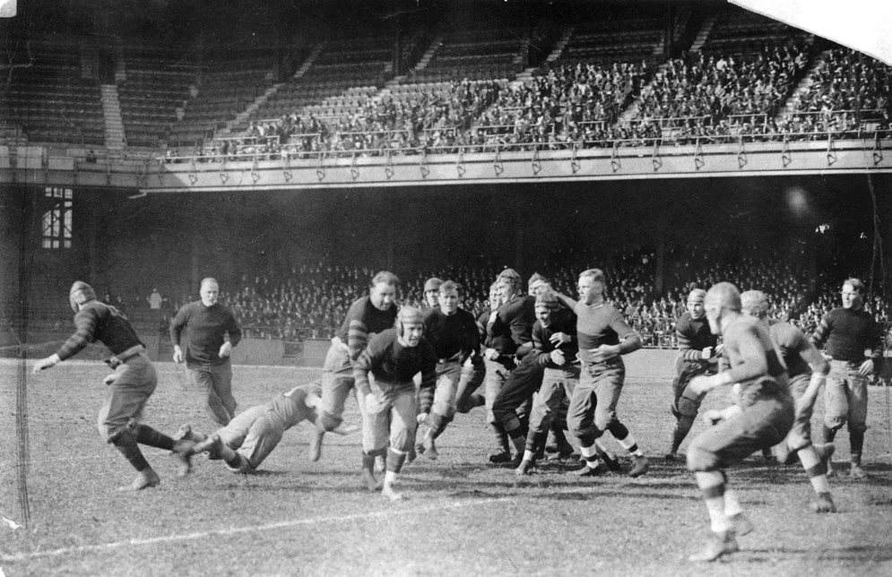 The six Nesser brothers, known for their overpowering play, averaged more than 210 pounds in an era where the average professional lineman weighed 180. (AP Photo/NFL Photos)