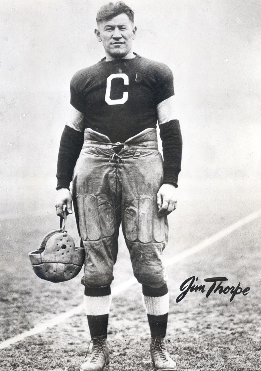 Jim Thorpe, 6 feet 1 inch tall and about 200 pounds, combined speed with bruising power as a halfback. (Pro Football Hall of Fame)